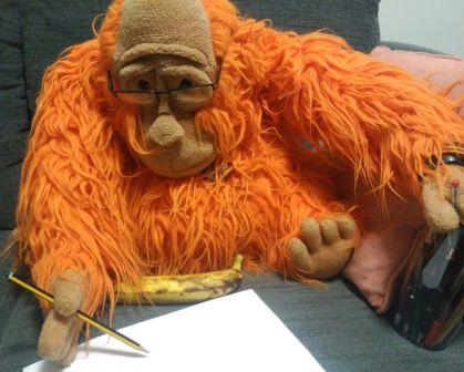 Waku escribiendo carta